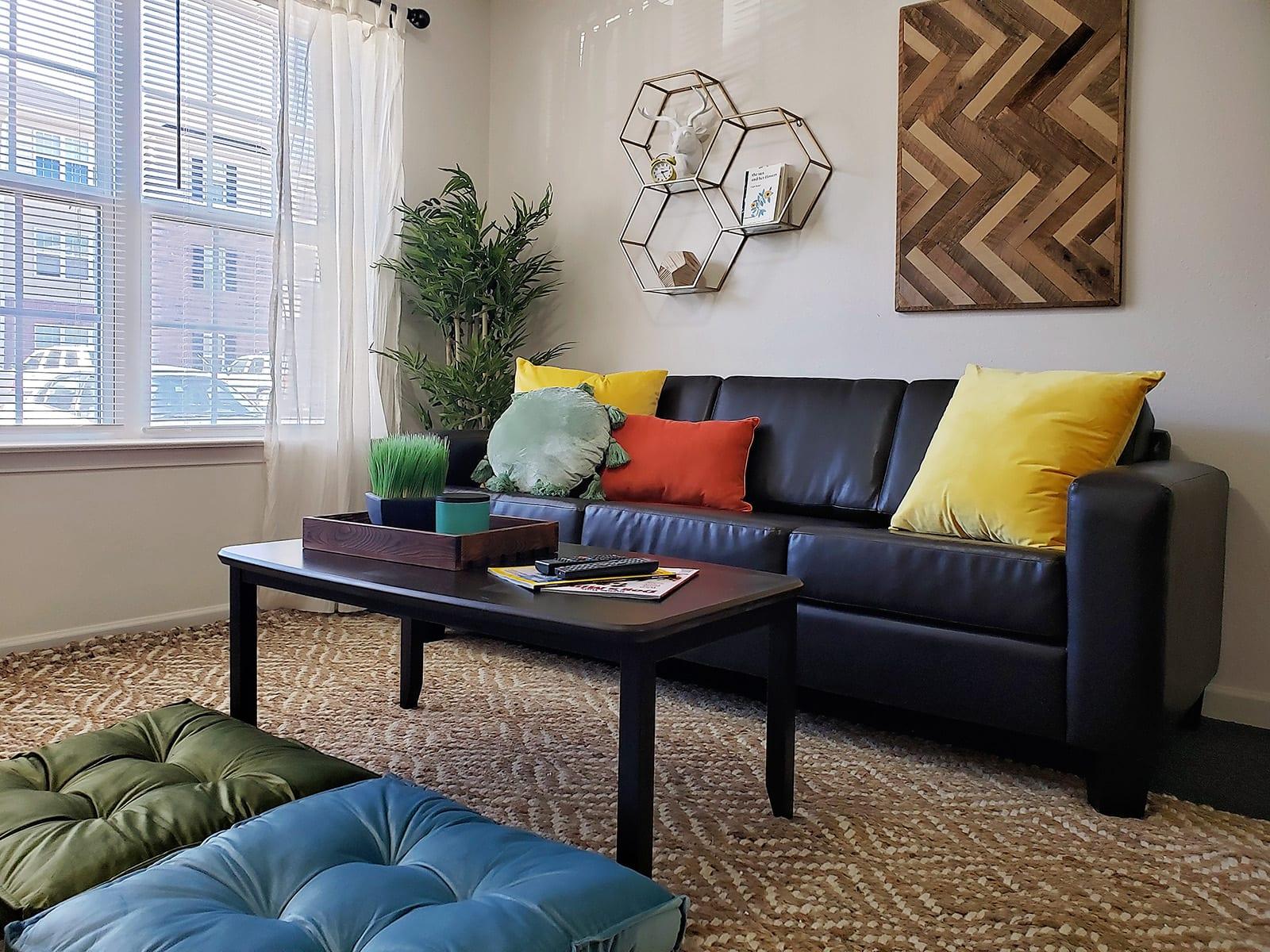 Fully Furnished Livingroom 2